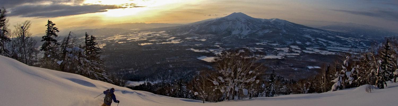 Yotei skier1