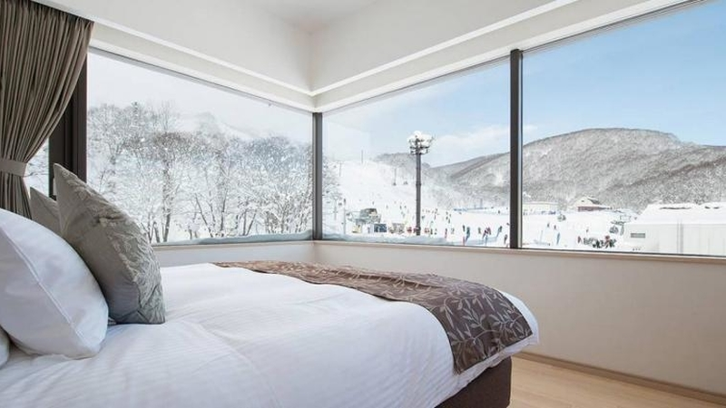 Ki niseko hotel rooms 1 bed deluxe 1