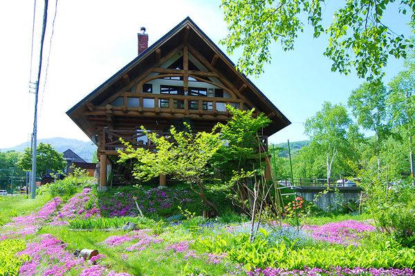 Izumiko Log Cottage 8